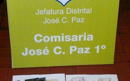 DETIENEN A POLICIA LADRÓN EN JOSÉ C. PAZ