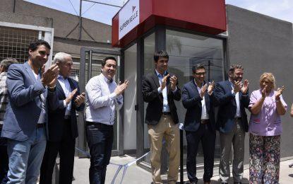 NARDINI CUMPLE PROMESA E INAUGURA CAJERO AUTOMÁTICO EN SOURDEAUX