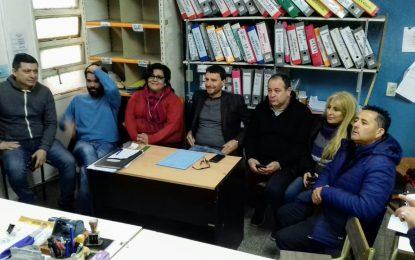 CONFERENCIA DEL BLOQUE DE CONCEJALES UC-PJ SAN MIGUEL EN EL CONSEJO ESCOLAR POR 84 ESCUELAS CERRADAS