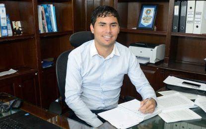 ESTUDIANTE UNIVERSITARIO DE MALVINAS ARGENTINAS ROKO ONTIVERO EN DEFENSA DE LA EDUCACIÓN PÚBLICA