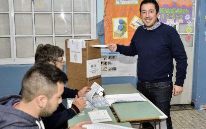 """EN MALVINAS ARGENTINAS LA GESTIÓN Y LA POLÍTICA CONVOCAN A LA UNIDAD PARA """"HACER HISTORIA"""""""