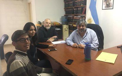 ESTUDIANTES CANDIDATOS AL CENTRO DE DERECHO UNPAZ ACORDARON PASANTÍAS CON EL DR. LUGONES