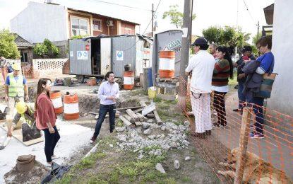 NARDINI Y SOL JIMENEZ RECORRIENDO OBRAS EN MALVINAS ARGENTINAS