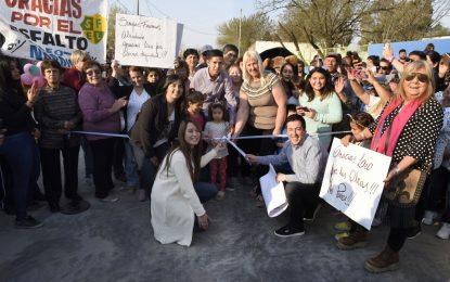 ASFALTOS DE ACCESOS A ESCUELAS INAUGURADOS EN VILLA DE MAYO DE MALVINAS ARGENTINAS