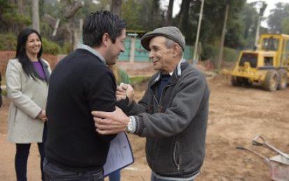OBRA DE 8 CUADRAS DE PAVIMENTACIÓN EN TORTUGUITAS RECORRIÓ EL INTENDENTE NARDINI