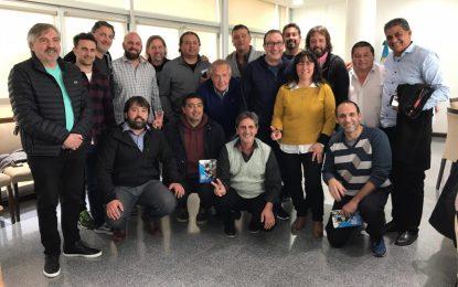 EL SENADOR VIVONA SE REUNIÓ CON DIRIGENTES DEPORTIVOS BONAERENSES EN MALVINAS ARGENTINAS