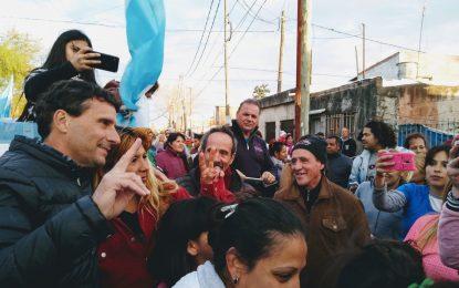 FRANCO LA PORTA CON VECINOS DE  BARRIOS LA ESTRELLA Y PARQUE LA GLORIA. #FrenteDeTodos