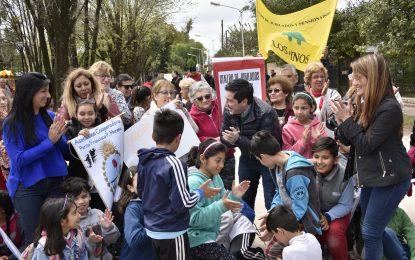 CON ACCESO A ESCUELA Y CENTRO DE JUBILADOS NARDINI INAUGURÓ ASFALTO CON HIDRÁULICA EN LOS POLVORINES