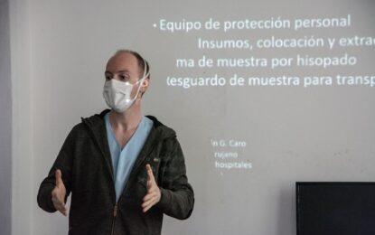 EN JOSÉ C. PAZ CAPACITAN PERSONAL MÉDICO Y AGENTES DE SALUD EN CUIDADOS SOBRE EL COVID-19