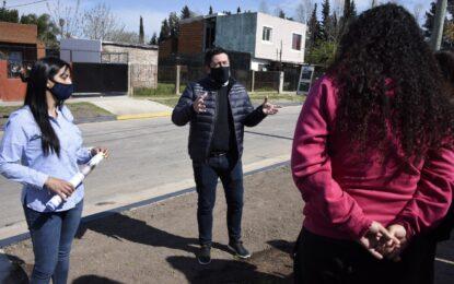 EL INTENDENTE DE MALVINAS ARGENTINAS SUPERVISÓ ACCESO DE 8 CUADRAS DE ASFALTO EN BARRIO EL CHIRI