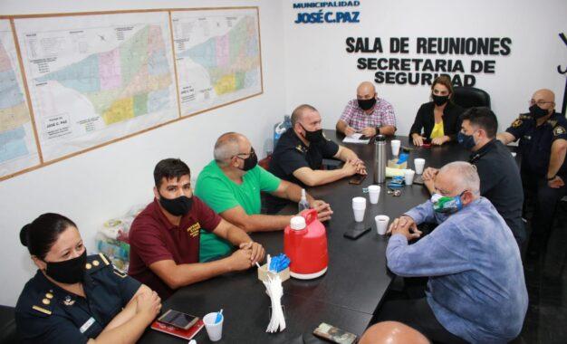 REUNIÓN EN JOSÉ C. PAZ PARA COORDINAR MEDIDAS DE CONTROL PARA FRENAR LA CIRCULACIÓN DE LA COVID-19