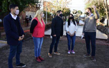 NUEVA TRONCAL COMPLEMENTARIA CON HIDRÁULICA Y PAVIMENTO EN SOURDEAUX DE MALVINAS ARGENTINAS