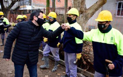 CON FONDOS Y HORMIGONERA MUNICIPALES EN MALVINAS ARGENTINAS COMIENZAN NUEVA OBRA
