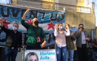 """MULTITUDINARIO RESPALDO A MARIANA ÁVILA DE LA """"JUVENTUD COMBATIVA"""" EN JOSÉ C. PAZ"""