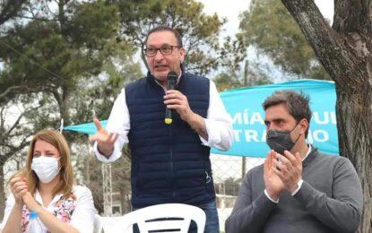EL SENADOR VIVONA RECORRE LA SECCIÓN CON LA AGENDA DE SEGUIR TRABAJANDO RESOLVIENDO LAS DEMANDAS DE LOS VECINOS